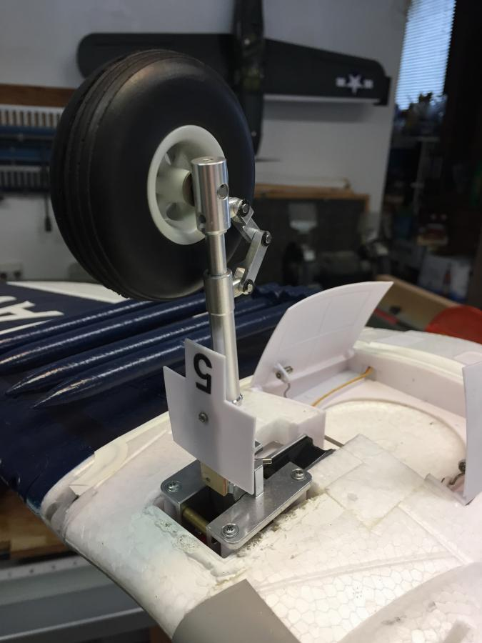FMS 1400 F4U v3 Corsair Oleo Strut Upgrade - Hobby Squawk - RC